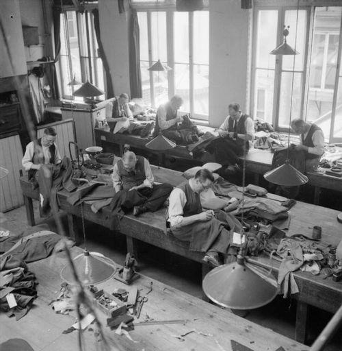 Savile_Row-_Tailoring_1944